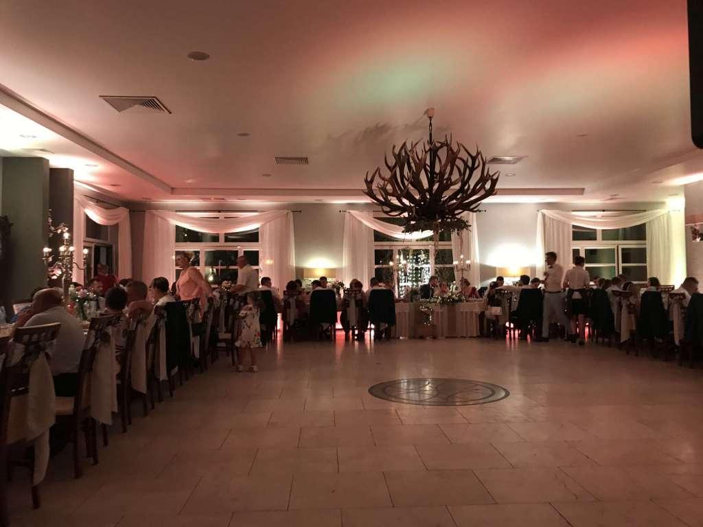 Dekoracje Światłem Sal Ślubnych na Wesele - DJ LAMA Wodzirej Opolskie DJ Śląsk DWÓR MYŚLIWSKI HUBERTUS BRYNICA