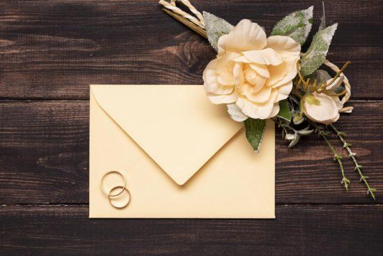 Organizujesz wesele? Pamiętaj o dedykowanych zaproszeniach ślubnych dla rodziców